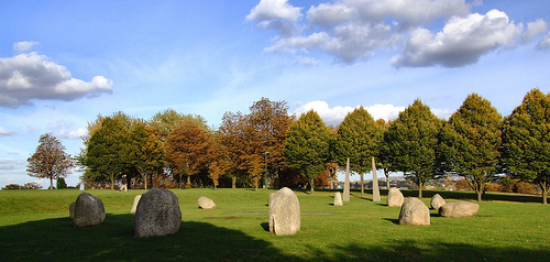 Stone Circle, Hilly Fields, Brockley, by Yersinia via flickr.com